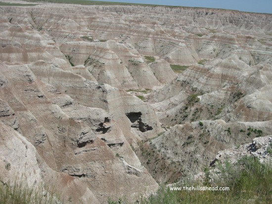 Badlands NP with cave
